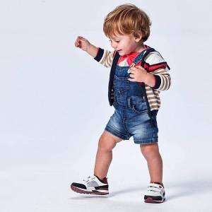 Σαλοπέτα κοντή τζιν για baby αγόρι Mayoral